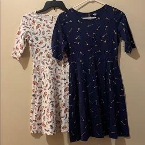Bundle of 2 Old Navy dresses XL arrows &  flowers